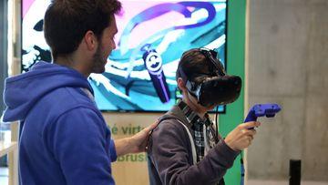Démonstration d'un casque de réalité augmentée lors de l'événement Google à Nancy