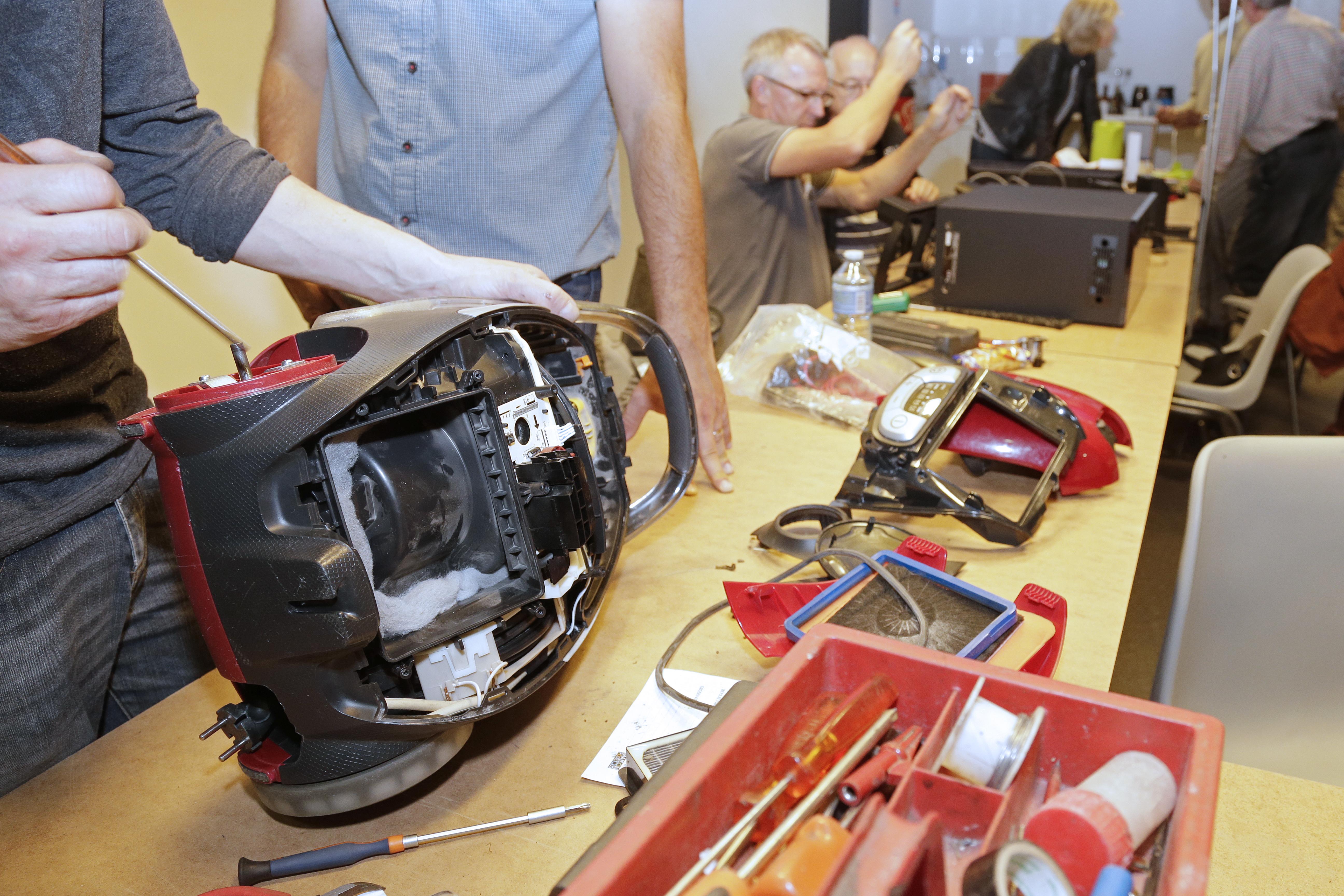 Plus d'informations sur les Repair Café du Grand Nancy sur repairgrandnancy.fr